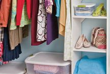 Dorm Room Storage & Organization / An organized Bedroom can help you live a less stressed lifestyle. Let Sterilite help you make your space just how you like it!