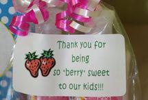 Gift Ideas teachers/friends / by Tara Trentham
