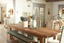 Rustic Country Interior / Design inspiration for country homes and rustic decor