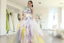 """Il colore negli abiti da sposa / Elisabetta Polignano viene definita anche """"la stilista del colore"""" e lo dimostrano i vostri pin contenenti gli abiti delle diverse collezioni."""