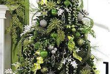 Zöld karácsonyfa
