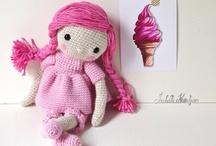 Ma poupée au crochet. / Les aventures de poupinette / by Isabelle Kessedjian