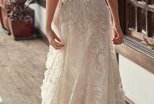 Vestidos de Noiva e Penteados