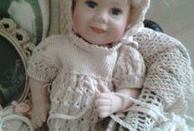 Vintage: kleertjes voor poppn en beren. Zo mooi!!!!!!