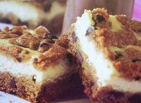 Food - desserts / by Lori Calkin