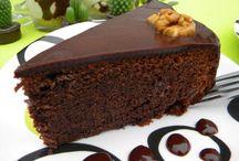 Cakes / Chocolate and Walnut Cake