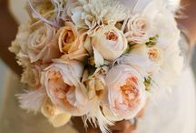 BOUQUET  & FLOWER INSPIRATION / A Delectable showing of bouquet arrangements from across the world.