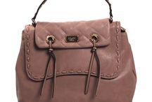 Blu Girl / Benvenuti...in questo spazio potrete trovare tutte le nostre migliori borse BLU-GIRL acquistabili direttamente on-line sul sito www.abzan.com a prezzi scontati fino al 70%!