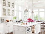 Kitchens / by Susan Schaefer