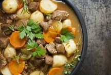 Beef Soups, Stews & Chilis / Nothing tastes like home more than homemade beef soup. Remember to add your favorite Harris Ranch Restaurant Reserve Beef to your delicious recipes.
