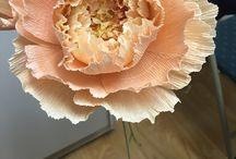 цветок из гофры