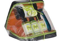 Kozmetické súpravy / Kozmetické súpravy pre mužov aj ženy. V našom sortimente nájdete aj športové kozmetické taštičky, kozmetické sady a súpravy na zavesenie, pre mužov aj ženy. Kozmetické súpravy sú výborným darčekom pre Vašich blízkych. Obsahujú uteráky, šampóny, žiletky a iné praktické kozmetické pomôcky. http://www.luxusne-doplnky.eu/