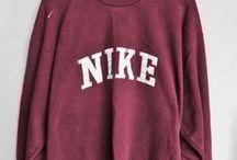 Vintage sweatshirts/hoodies
