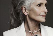 женщины элегантного возраста