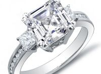 Diamond Engagement Rings / Solitaire diamond rings are a classic style for diamond engagement rings and diamond jewelry, with their simple elegance symbolizing unified love. All diamonds are hand-set in gold or platinum settings.