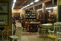 Antiques and Consignment Shops Around Peterborough, NH / In this area of New Hampshire, we have lots of antiques and consignment shops to browse in... something for every taste and new treasures around every corner.