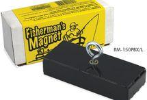 magnet fishing / magnet fishing