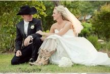 Wedding Ideas :) / by Stephanie Haley