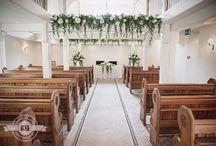 Orsett Hall Wedding / Orsett Hall Wedding Photographer Sarah Elliott Photography https://sarahelliottphotography.co.uk