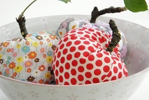 Sew food / Tutorials for sewing food from fabric / by Claudia (Inchy) Hillesheim