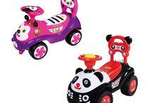 Rutscher für Kleinkinder / Die bunten Fahrzeuge mit vielen Accessoires gehören zum typischen Kinderspielzeug. Die Rutscher erinnern in ihrer Form an einen Quad, Autos, aber auch an beliebte Tiere.
