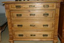 Antiquitäten: Kommoden / Antiques dressers / Hier sammele ich alle antiken Kommoden.  #antiques #dressers #kommoden #antiquitäten