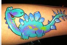 face painting  dinosaurus