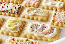 Kid-Friendly Recipes / The kids are out of school for the summer. Use that precious time to have fun in the kitchen together. This board is a collection of our kid-approved recipes and family-friendly meals. / by Land O'Lakes