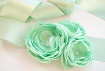 Magnificent Mint / On-trend, but completely livable, mint green is one of those yummy shades that add a fresh, playful element to any space.