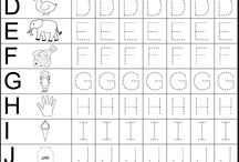 Tracing Worksheets / http://www.zuisg.com/category/alphabet/ Learn to write letters