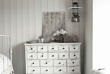 białe meble / white furniture,