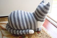 Knitted Cats'