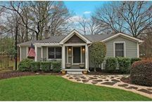 Weekend Home Shopping List / Hunting for the just the right homes for buyers in Charlotte, NC.  Many great neighborhoods, homes for sale, and places to explore.  These homes are the 'must see' list.