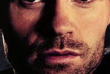 Elijah Mikaelson / The original vampire