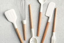 KITCHENWARE / Cooking accessories and kitchen aid