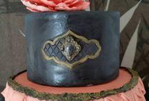 Vertical Ruffled-cake