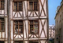 Architecture - Medieval Houses