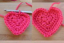 Ctochet Hearts