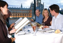Valentine's Day in London / http://www.goldentours.com/london/things-to-do/events/valentines-day-special-south-bank-self-guided-walking-tour