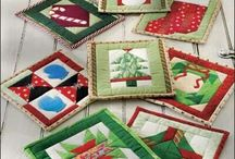 Christmas patterns mug rugs