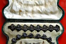 mourning jewellery