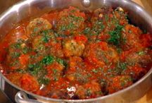 Meat Cookery: Meatballs / by Judimae's Kitchen