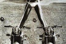 Motywy związane z motocyklami