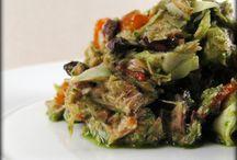 paleo recipes / by mils | maria