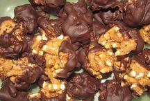 Yummy Recipes / by Rachel May Schopp