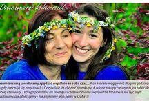 """Konkurs """"Dwie twarze kobiecości"""" - realizacja nagrody / Organizując konkurs """"Dwie twarze kobiecości"""" chcieliśmy pokazać, że piękno nie patrzy na metrykę. Nagroda w konkursie - dzień mamy i córki, spędzony wspólnie z marką Quiosque - został zrealizowany w czerwcu w Krakowie. Panie odwiedziły salon QUIOSQUE w CH Bronowice. Oto materiał, który przekazuje Wam choć odrobinę tej wspaniałej atmosfery, której wszyscy wtedy doświadczyliśmy."""
