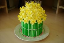 Cakes, Cake Pops, Cookies, Cupcakes / by Suzi Ronning