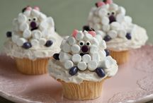 cupcakes / by Martha Savage