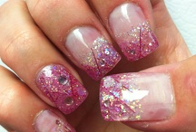 I wish I had the time to do my nails like this! / by Rachael Biehl