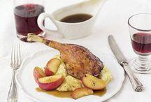 Festessen: Köstliche Weihnachten / Hier sammeln wir Rezepte für die Weihnachtsfeiertage, aus denen ihr euch ein köstliches Menü zusammenstellen könnt.